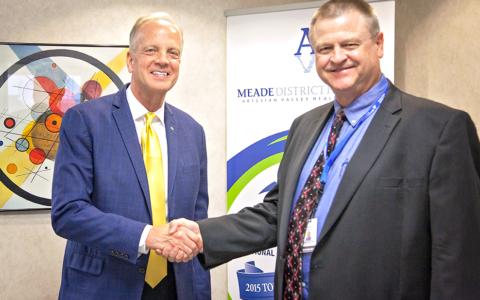 U.S. Senator Jerry Moran visits Meade District Hospital, touts new veterans' healthcare law