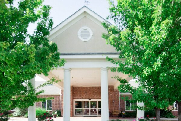 Lone Tree Retirement Center